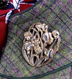 The Jessica Fletcher brooch;21 steps to Style Course