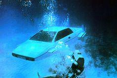 Плавающий Lotus Esprit Джеймса Бонда выставили на продажу