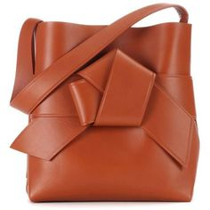 Acne Studios Musubi Leather Shopper ($1,670) ❤ liked on Polyvore featuring bags, handbags, tote bags, brown, leather handbags, leather shopper tote, brown leather purse, shopping bag and shopping tote bags