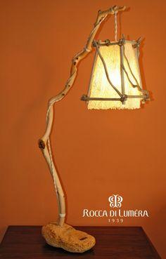 Lampada Aracne con paralume in fibra di fico d'india