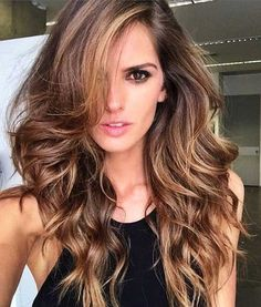 26.Lady Hairstyle for Long Hair