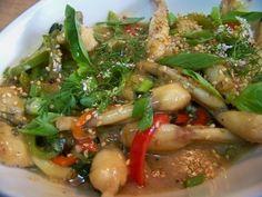 Cuisine en folie: Cuisses de grenouilles au basilic Thaï et riz aux ...