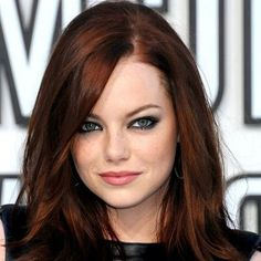 Nice dark auburn hair - I think I can pull this off!