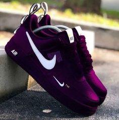Cute Nike Shoes, Black Nike Shoes, Purple Sneakers, Purple Shoes, Men Sneakers, Sneakers Fashion Outfits, Mode Outfits, Nike Shoes Outfits, Jordan Shoes Girls