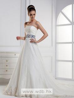 Elegant+Sleeveless+with+Empire+waist+wedding+dress