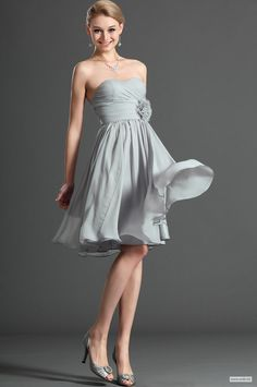 wedding pictures Soft sweetheart pleated bodice with hand made flower decorate empire waist chiffon knee length dress $103.5