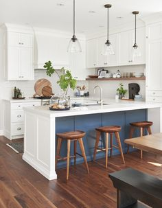 6 Good-Looking Clever Tips: Ikea Kitchen Remodel Granite farmhouse kitchen remodel paint colors.U Shaped Kitchen Remodel Stove u shaped kitchen remodel stove.U Shaped Kitchen Remodel Stove. Modern Farmhouse Kitchens, Home Kitchens, Farmhouse Design, Farmhouse Small, Tiny Kitchens, Farmhouse Sinks, Kitchens With Color, Islands For Small Kitchens, Modern White Kitchens