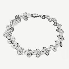 Lumoava Ilona Bracelet by Heikki Hartikainen www. Bling Bling, Diamond, Bracelets, Jewelry, Women, Jewlery, Jewerly, Schmuck, Diamonds