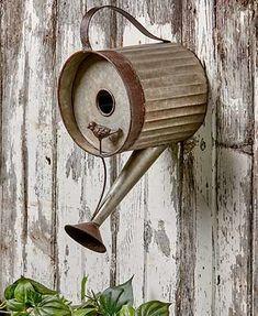 The Lakeside Collection Watering Can Birdhouse - Distressed Metal Bird House for Hanging Outdoors Decorative Garden Fencing, Diy Garden Decor, Garden Ideas, Backyard Ideas, Pergola Ideas, Country Garden Decorations, Rustic Country Decor, Farmhouse Decor, Country Décor