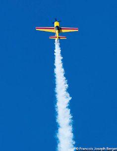 Iztapa Airshow Guatemala Juan Miguel Garcia Salas Extra 300 L Nose Art, Air Show, Planes, Vehicle, Smoke, Sexy, Photography, Aircraft, Airplanes