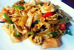 pad ki mao  drunken noodles