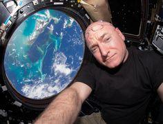 Scott Kelly, o astronauta que compartilhou um ano no espaço nas redes sociais