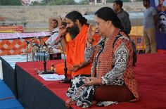 प्रातःकालीन योग शिविर, जयपुर में राजस्थान की मुख्यमंत्री वसुंधरा राजे जी …  #BabaRamdev #Yoga #Jaipur #Rajasthan #VasundharaRaje