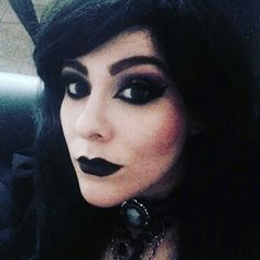 goth makeup https://i.instagram.com/abigailvondoll/ https://m.youtube.com/channel/UCDbm-bPLy1eToI9uyXP8BYw