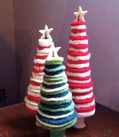 How adorable!  What a fun little craft for kids to do; or if you're an adult like me, for adults to do. :)