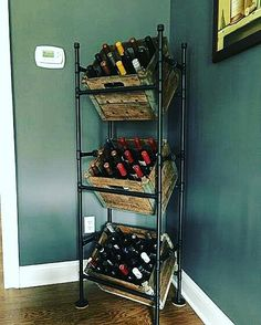 Vintage Industrial Decor DIY Wine rack from pipes and old milk crates. {wine glass writer} - Wine rack from pipes and old milk crates Home Bar Decor, Unique Home Decor, Kitchen Decor, Kitchen Ideas, Kitchen Wine Rack Diy, Dyi Wine Rack, Kitchen Storage, Homemade Wine Rack, Diy Rack