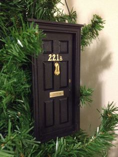 221B door ornament! Actually, I think I'll do my whole tree Sherlock this year, thank you :)
