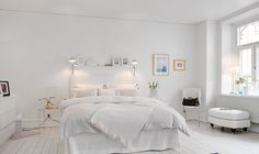 Especially women are becoming the first choice of white home decoration. We share with you white home decor and style in this photo gallery. Home Decor Bedroom, White Bedroom Decor, Interior Design Bedroom, Beautiful Bedrooms, Bedroom Interior, Home, Scandinavian Interior Bedroom, White Home Decor, Home Decor