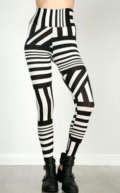 Abstract Stripe Print Leggings