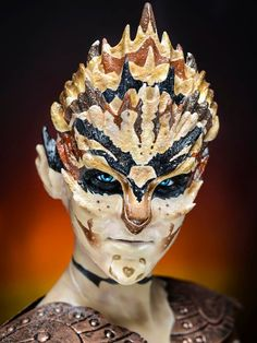 Snake girl (Prosthetic by Emma Gorbey Prosthetic Makeup, Sfx Makeup, Costume Makeup, Makeup Art, Alien Makeup, Body Makeup, Aliens, Makeup Inspo, Makeup Inspiration