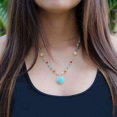 Collar Hilo Ajustable Flor Azul - TIENDA ONLINE www.dulceencanto.com #collares #accesorios #colombia