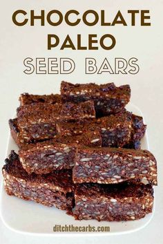Sugar free chocolate paleo seed bars, 2g net carbs - an awesome healthy snack and perfect for school lunches. | http://ditchthecarbs.com via @Ditch The Carbs