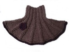 KJERSTRIKK: Strikket hals Baby Barn, Drops Design, Baby Knitting Patterns, Free Pattern, Diy And Crafts, Knit Crochet, Beanie, Mini, Fashion