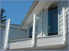 Our all-glass railings are railing system with test certificates and may be installed by private individuals. Welding is not necessary. For the individual types are possibly still cover strips of aluminium (stainless steel effect) or brushed stainless steel.