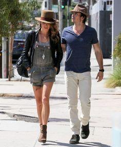 Street style do casal Nikki Reed e Ian Somerhalder, que têm estilos muito parecidos.
