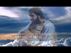 One pair of hands - Carroll Roberson One of the most beautiful songs ever written! Praise Songs, Worship Songs, Gospel Music, My Music, Music Songs, Spiritual Music, Christian Music Videos, After Life, Beautiful Songs