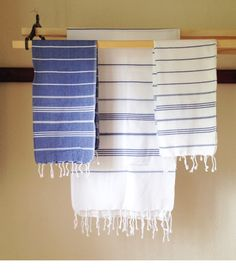 A terry-less towel for drip-free hands.A traditional towel used in hammams, or Turkish baths.