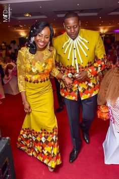 Hello guys, welcome to another edition of our African Print Styles Collection. Today we are looking at Mr & Mrs - our couple African Print Styles compilation. African Wedding Attire, African Attire, African Wear, African Dress, Couples African Outfits, Couple Outfits, African Traditional Wedding, African Traditional Dresses, Latest African Fashion Dresses