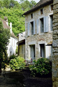 Rustic French Homes | Rustic French Country Home Interior Design in Paris | Founterior | We ...
