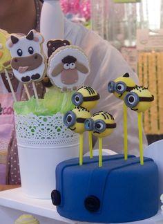La Feria Creativa: buena calidad y algunas malas pulgas. Un reportaje con muchas fotografías de las mejores creaciones y los mejores momentos. http://elbauldelasdelicias.blogspot.com.es/2013/10/la-feria-creativa-buena-calidad-y.html