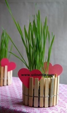 Cheap Crafts To Make and Sell - Clothespin Flower Pots - Inexpensive Ideas for DIY Craft Projects You Can Make and Sell On Etsy, at Craft Fairs, Online and in Stores. Quick and Cheap DIY Ideas that Adults and Even Teens Can Make on A Budget Kids Crafts, Mothers Day Crafts For Kids, Valentine Day Crafts, Diy Craft Projects, Holiday Crafts, Valentines, Craft Ideas, Diy Ideas, Garden Projects