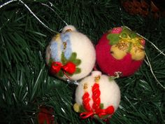 3 Felt christmas balls . Handmade eco wool christmas decoration.