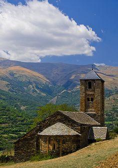 Sant Iscle i Santa Victòria de Surp,  romànic Pallars Sobirà Lleida  Catalonia