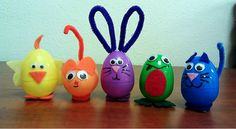 Easy to create Easter critters for ages three to eight. The finished product can be easily used as decorations or extra toys for the children to play with. Spring Crafts, Holiday Crafts, Holiday Fun, Cute Crafts, Crafts To Do, Arts And Crafts, Plastic Easter Eggs, Easter Egg Crafts, Easter Activities