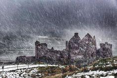 Dunluce Castle Portrush today, by Ryan Ball. @newslineweather @DiscoverNI @walkni @nieaevents