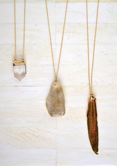 I'm not a huge necklace person, but I would totally wear these!