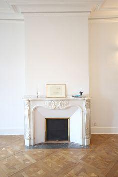 paris 7 me combo chemin e moulures miroir r novation appartement 270 fire place. Black Bedroom Furniture Sets. Home Design Ideas