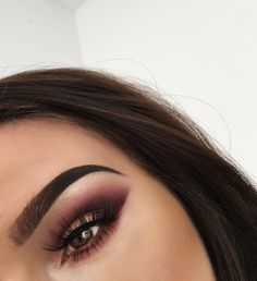 Eye Makeup Tips.Smokey Eye Makeup Tips - For a Catchy and Impressive Look Pretty Makeup, Love Makeup, Makeup Inspo, Beauty Makeup, Stunning Makeup, Makeup Style, Makeup Trends, Perfect Makeup, Sexy Makeup
