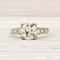 Vintage engagement ring. I have never liked square but this is amazing.