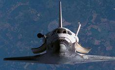 2256 Bir uzay gemisi Dünya'ya yeni bir hastalık getirecek.