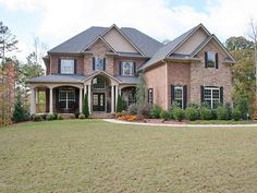 Love this style of brick house one of my faves!! Love this look!! :) #home #decor