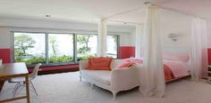 Feng Shui Colors for Bedroom with Pink and White