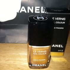 I had to get the Gold Finger nail polish from Chanel. I got it in the Chanel boutique in NYC! Omg it is amazing! #chanel #nailpolishaddict #nailpolish #polishaddict #chanelnailpolish #goldfinger #chanelpolish