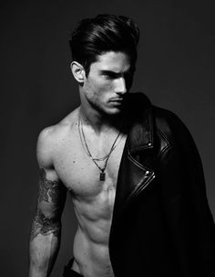 Okay, just take a moment to enjoy this new snaps in black and white of handsome male model Diego Barrueco captured and styled by Joseph Sinclair. Male Models Poses, Male Poses, Male Models Tattoo, Book Modelo, Diego Barrueco, Hot Guys Tattoos, Handsome Male Models, Photography Poses For Men, Portrait Photography Men