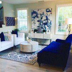 home interior design cranberry township Blue Living Room Decor, Rooms Home Decor, Formal Living Rooms, Living Room Designs, Living Room With Color, Girl Apartment Decor, Home Interior, Living Room Interior, Home Living Room