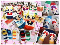 Sailor Moon Calzini / socks! Subito disponibili per consegna a mano su Roma o spedizione in tutta Italia! Per info e per acquistarli --> https://www.facebook.com/otakingshopitalia/photos/a.643127129150773.1073741829.643117879151698/714933558636796/?type=1&theater Per tutte le info manda un messaggio!